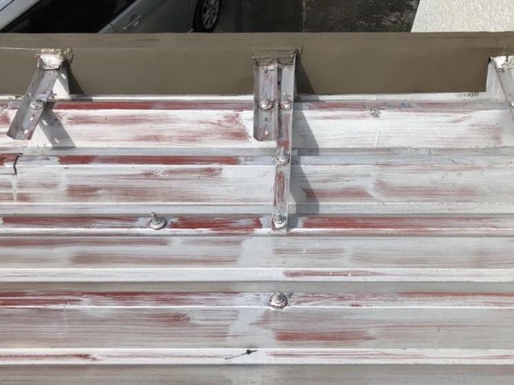折板屋根の劣化症状