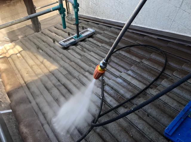 高圧洗浄で下地処理