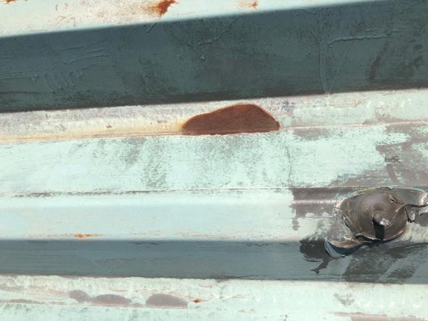 サビた折半屋根