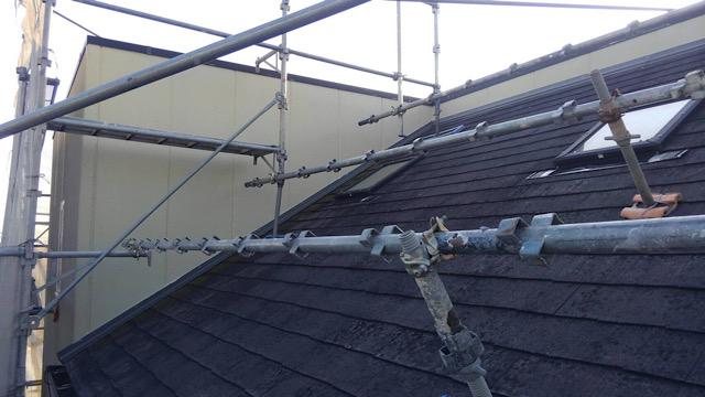 屋根板金工事前の足場工事
