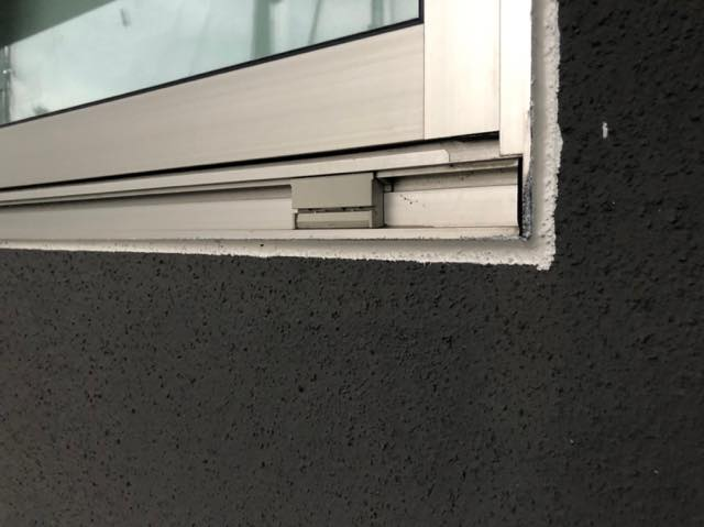 窓まわりシーリング