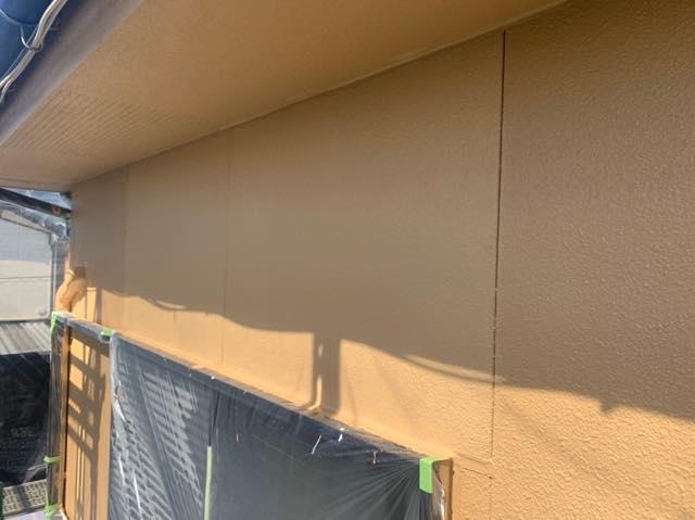 池田町で外壁の上塗り