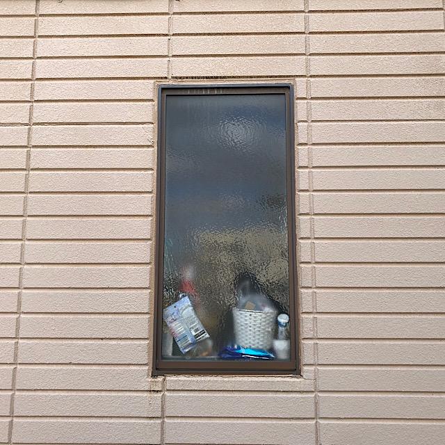 本巣郡北方町の外壁塗装で窓まわりの写真