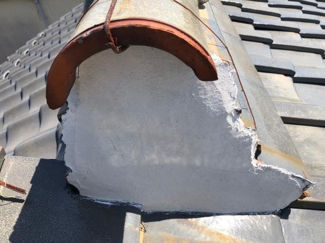 瓦の補修工事