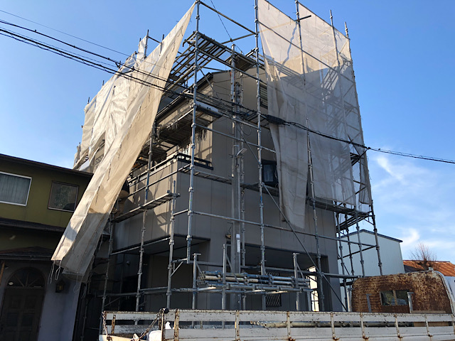 岐阜市で3階建て外壁塗装工事と防水工事