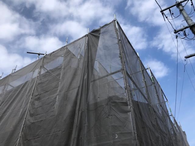 塗装工事前の仮設足場