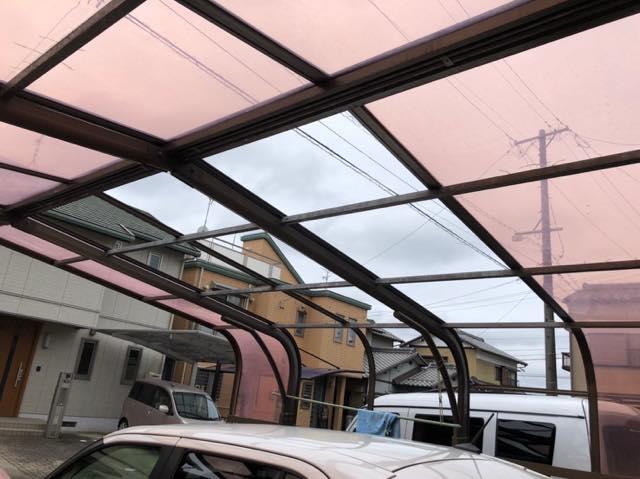 台風の影響でポリカ破損