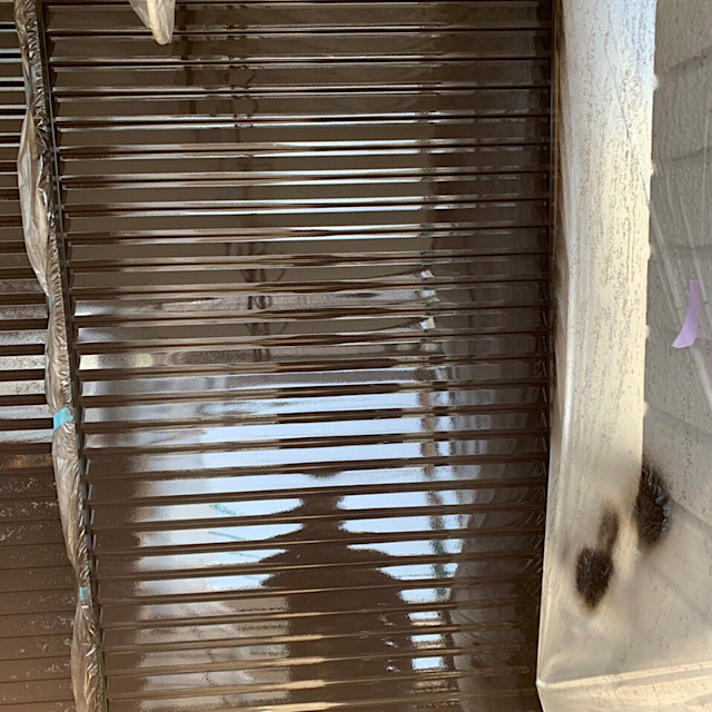 本巣郡北方町で雨戸を塗装した写真