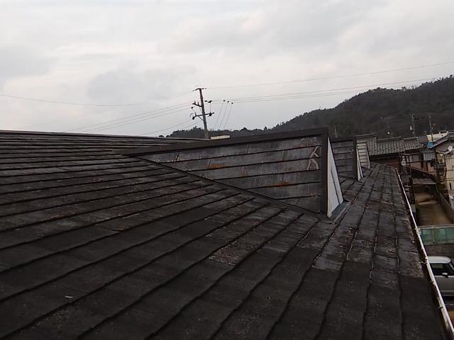 スレート屋根の色あせ