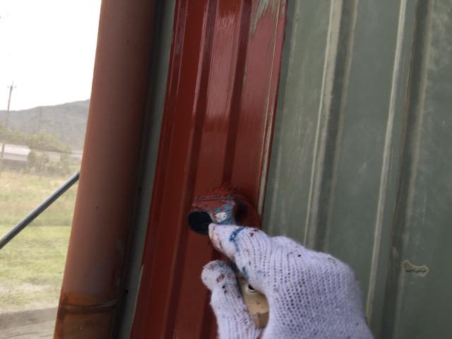 板金塗装工事を赤サビの材料を使って錆止め塗装