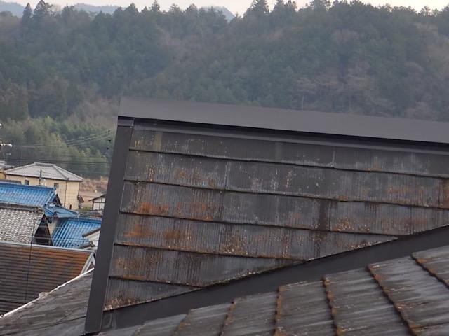 スレート屋根がサビました