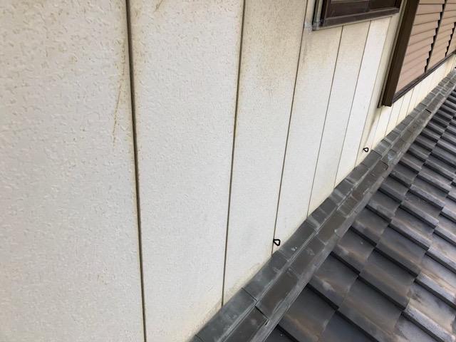 板金の屋根の汚れ