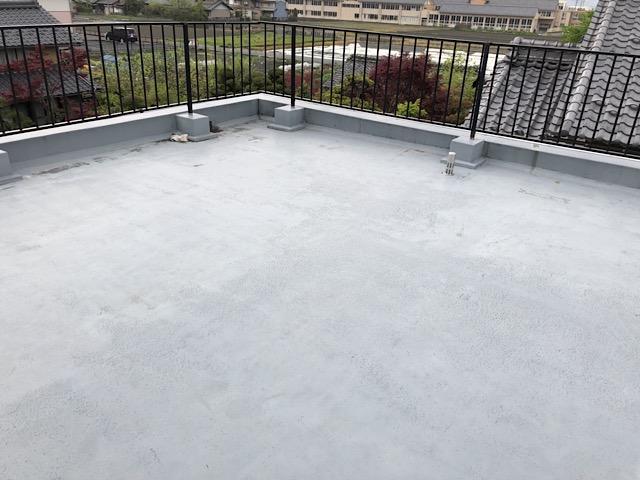 塗装前の屋上