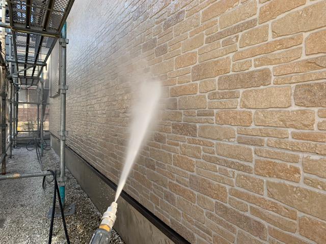 クリア塗装前の高水圧洗浄