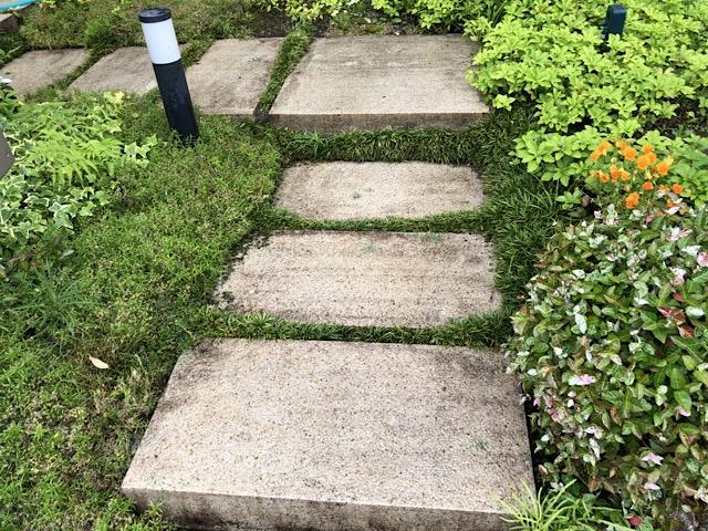 石畳がキレイになりました