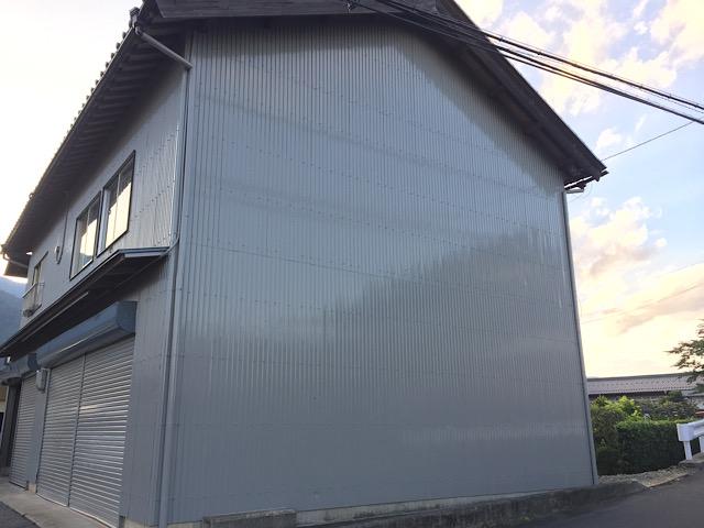 車庫の塗装工事完成写真