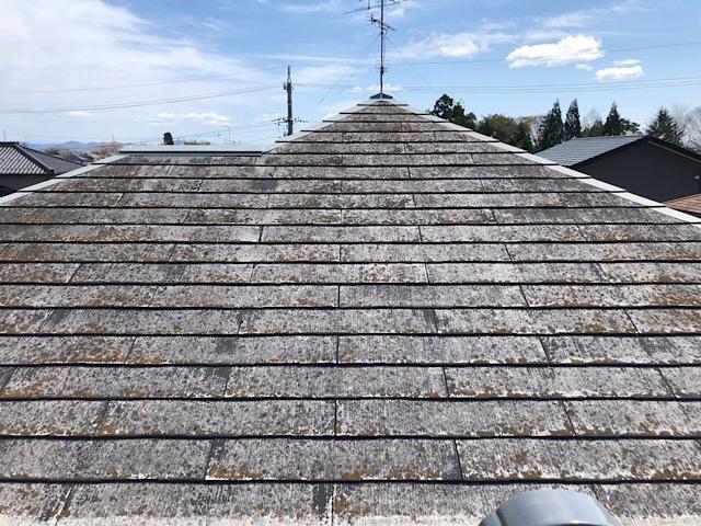屋根の元の色がわからない