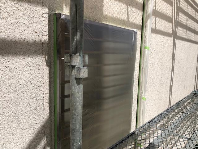 外壁塗装前に窓を養生