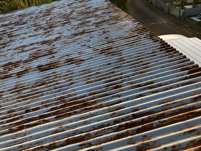 さびが激しいトタン屋根