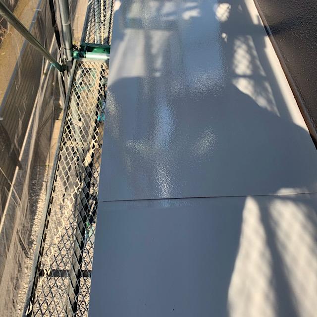 安八郡神戸町の庇塗装