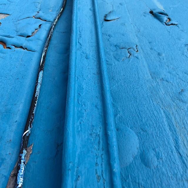 板金屋根の塗料が剥がれた