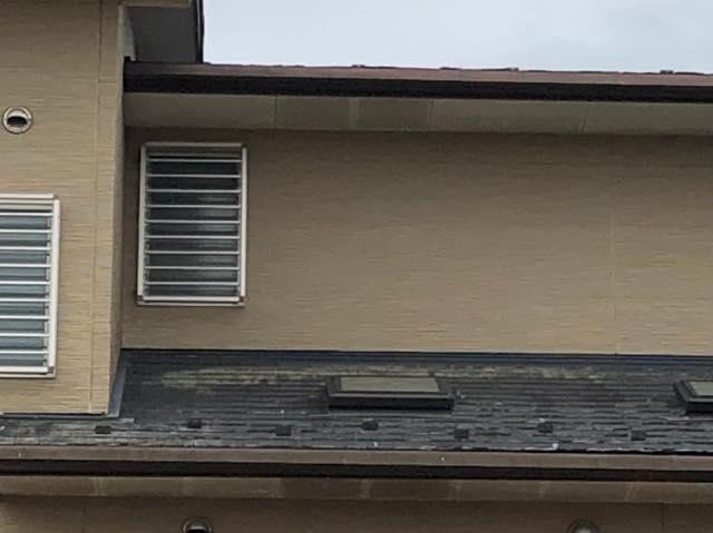 屋根の色あせ