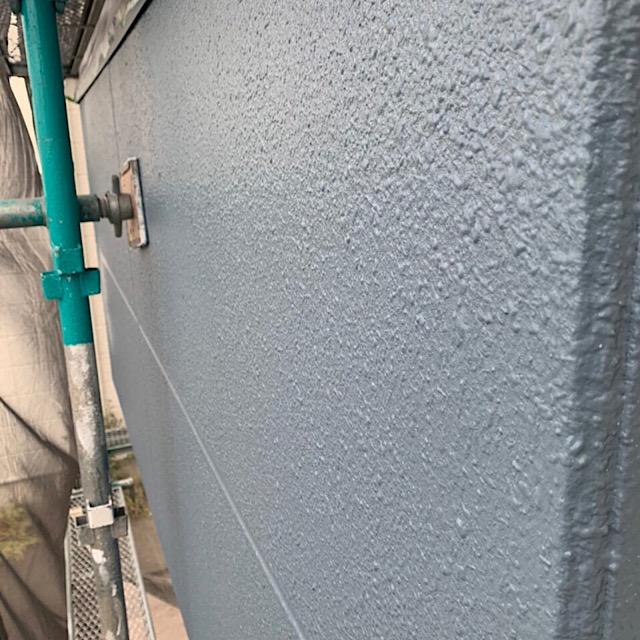 外壁塗装仕上げ塗りの写真