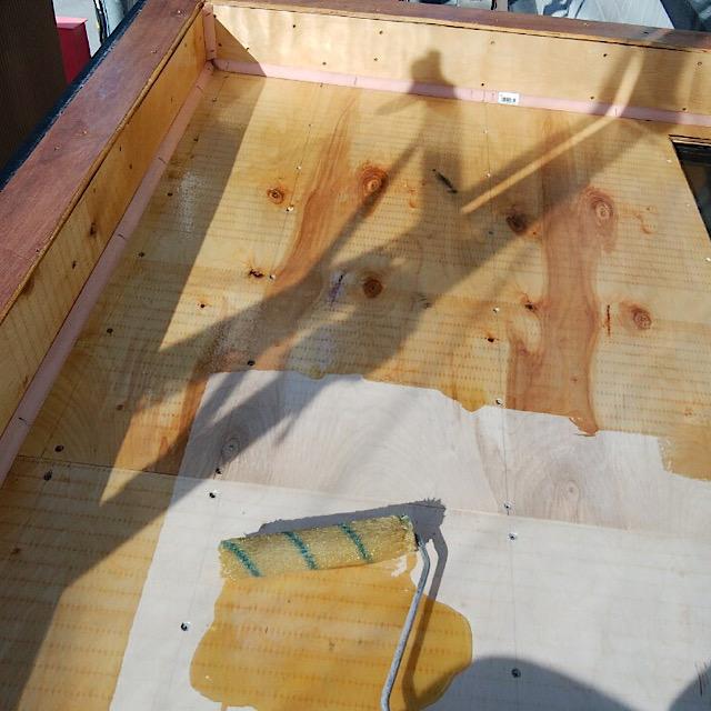 揖斐郡池田町でベランダ防水工事プライマー塗布