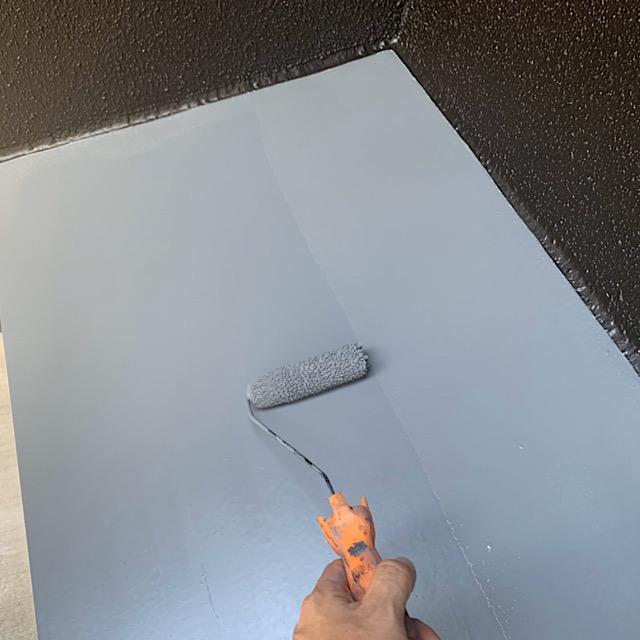 安八郡神戸町で庇の板金を塗装