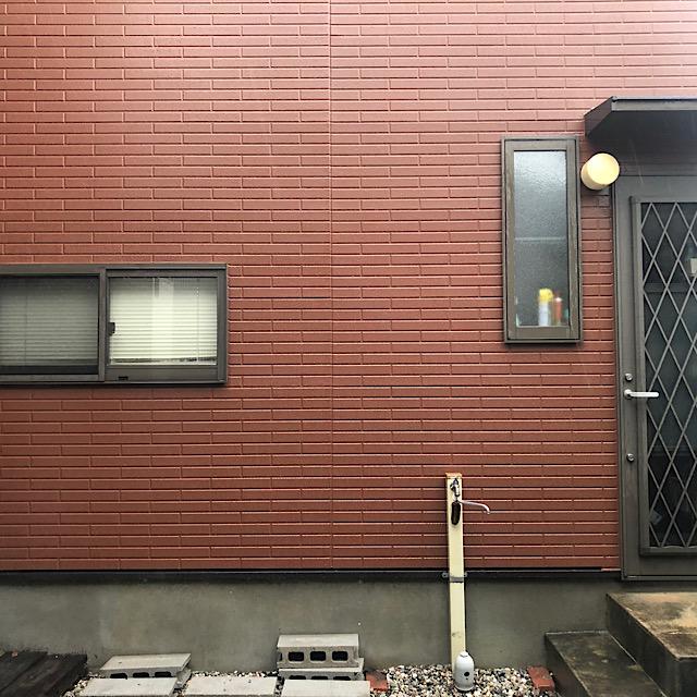 勝手口付近外壁塗装完成写真