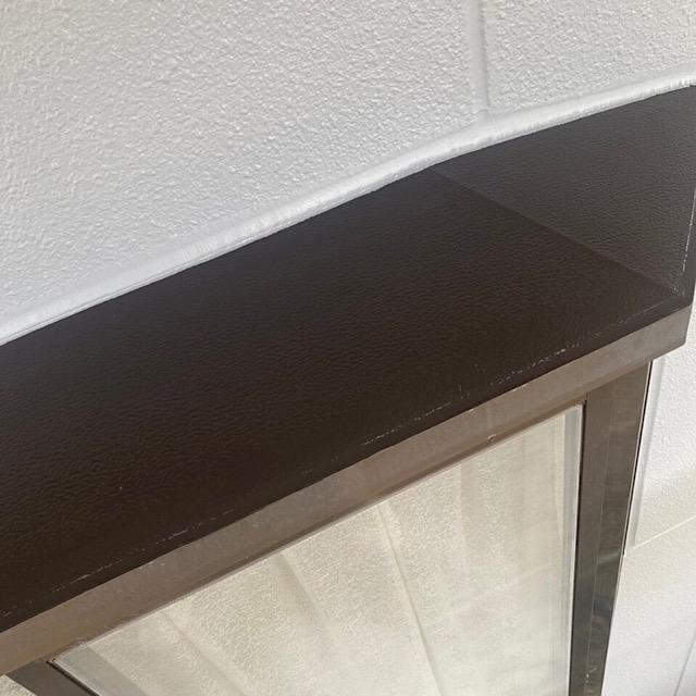 出窓を塗装した写真