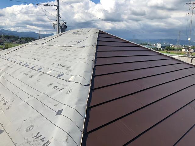スレート屋根が板金屋根に変身