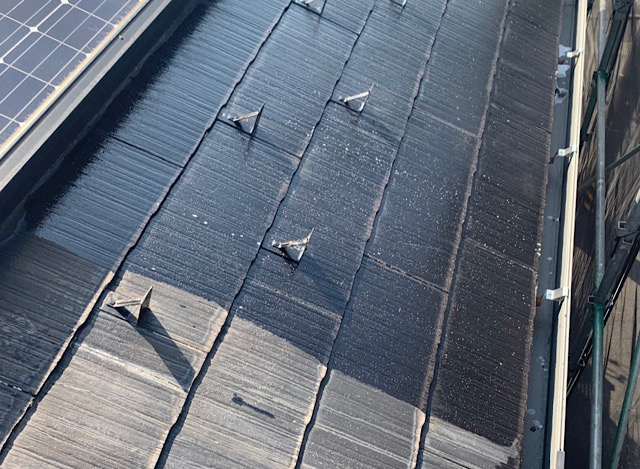 下塗りした屋根