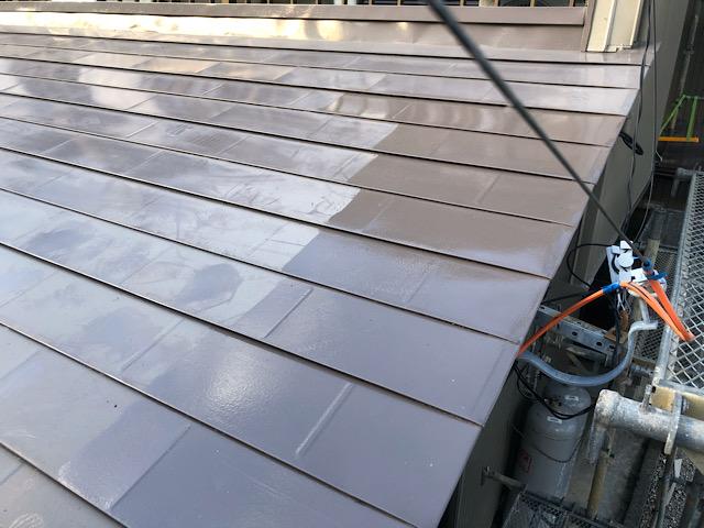 下屋板金屋根塗装工事