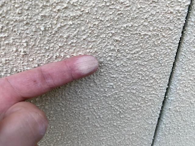 外壁塗装チョーキング