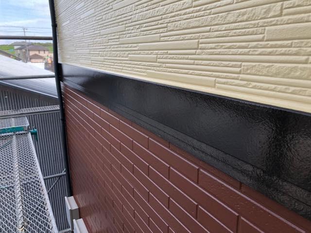 外壁の帯の塗装