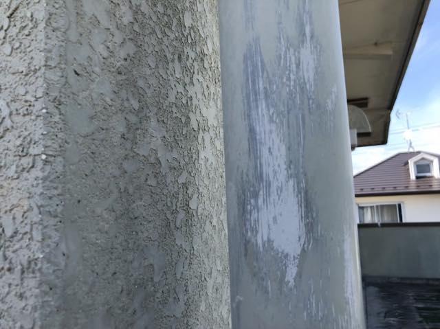雨樋塗装が剥げています