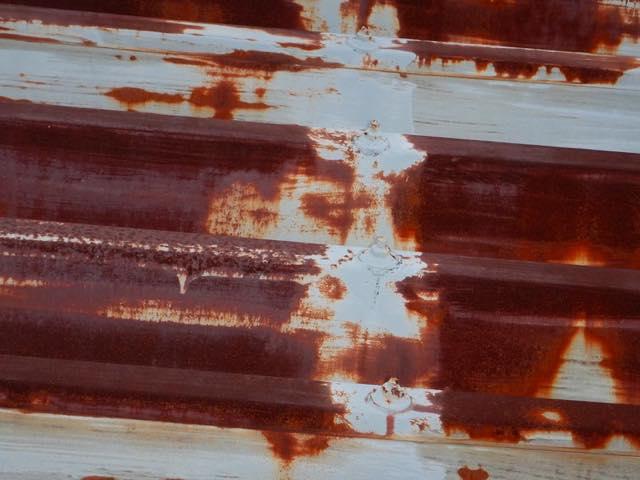 瓦棒屋根のサビ