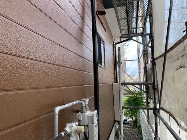 雨樋も塗装しました